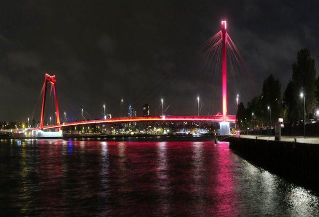 Robijnrode Willemsbrug